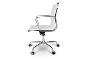 Кресло Eames Style Ribbed Office Chair EA 117 белая кожа
